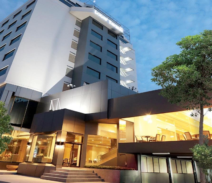 Louis Tavern Hotel near Don Mueang Airport