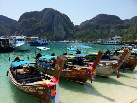 Tonsai Bay in Koh Phi Phi