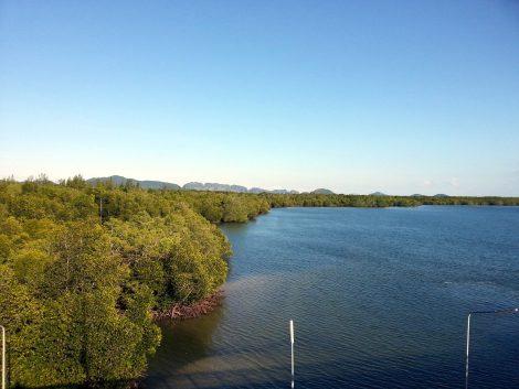 View from the Siri Lanta Bridge in Koh Lanta