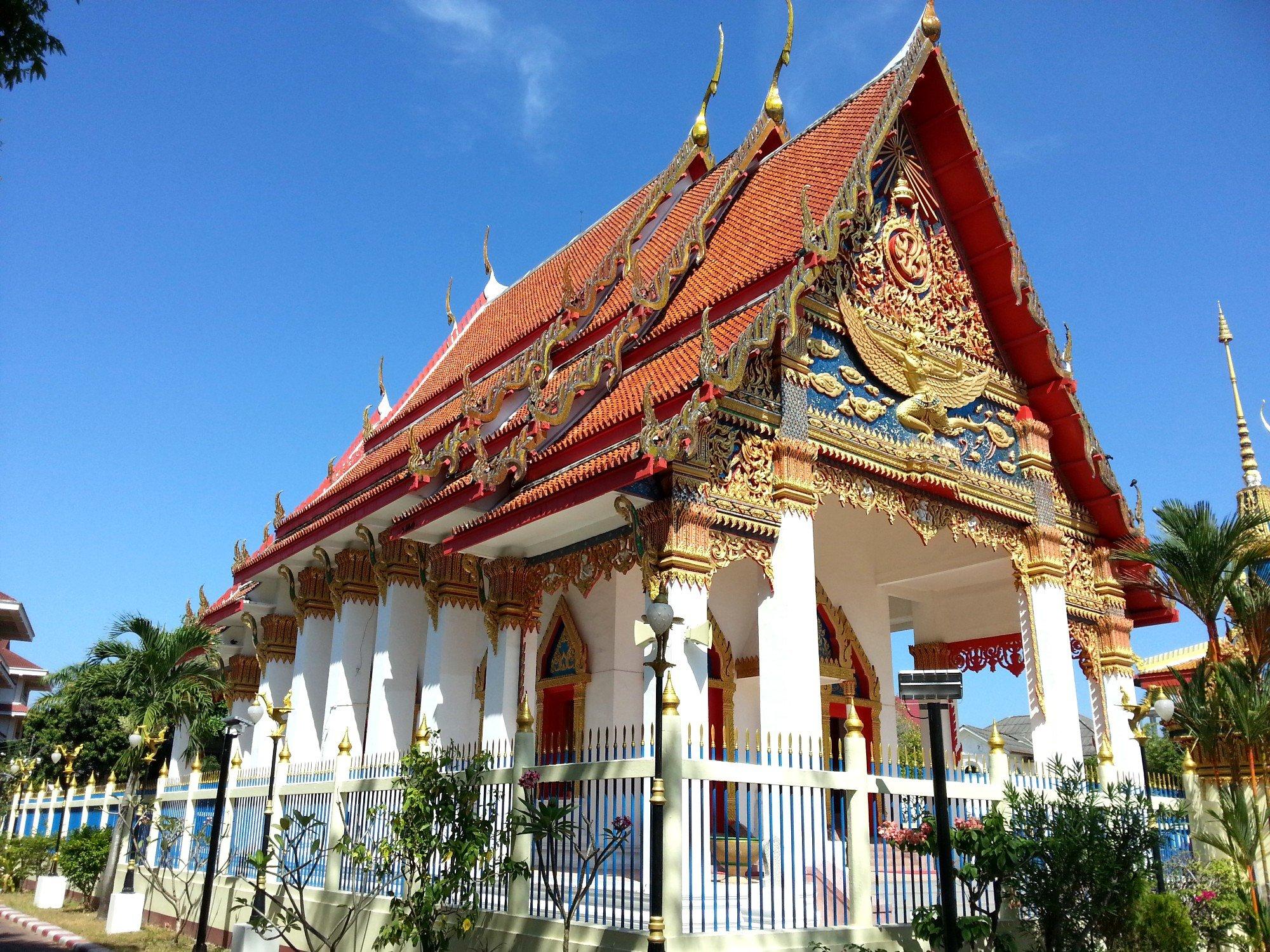 Wat Mongkol Nimit in Phuket