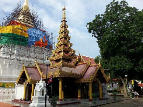 Wat Phra Kaeo Don Tao in Lampang