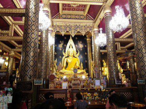 Phra Si Rattana Mahathat Temple in Phitsanulok