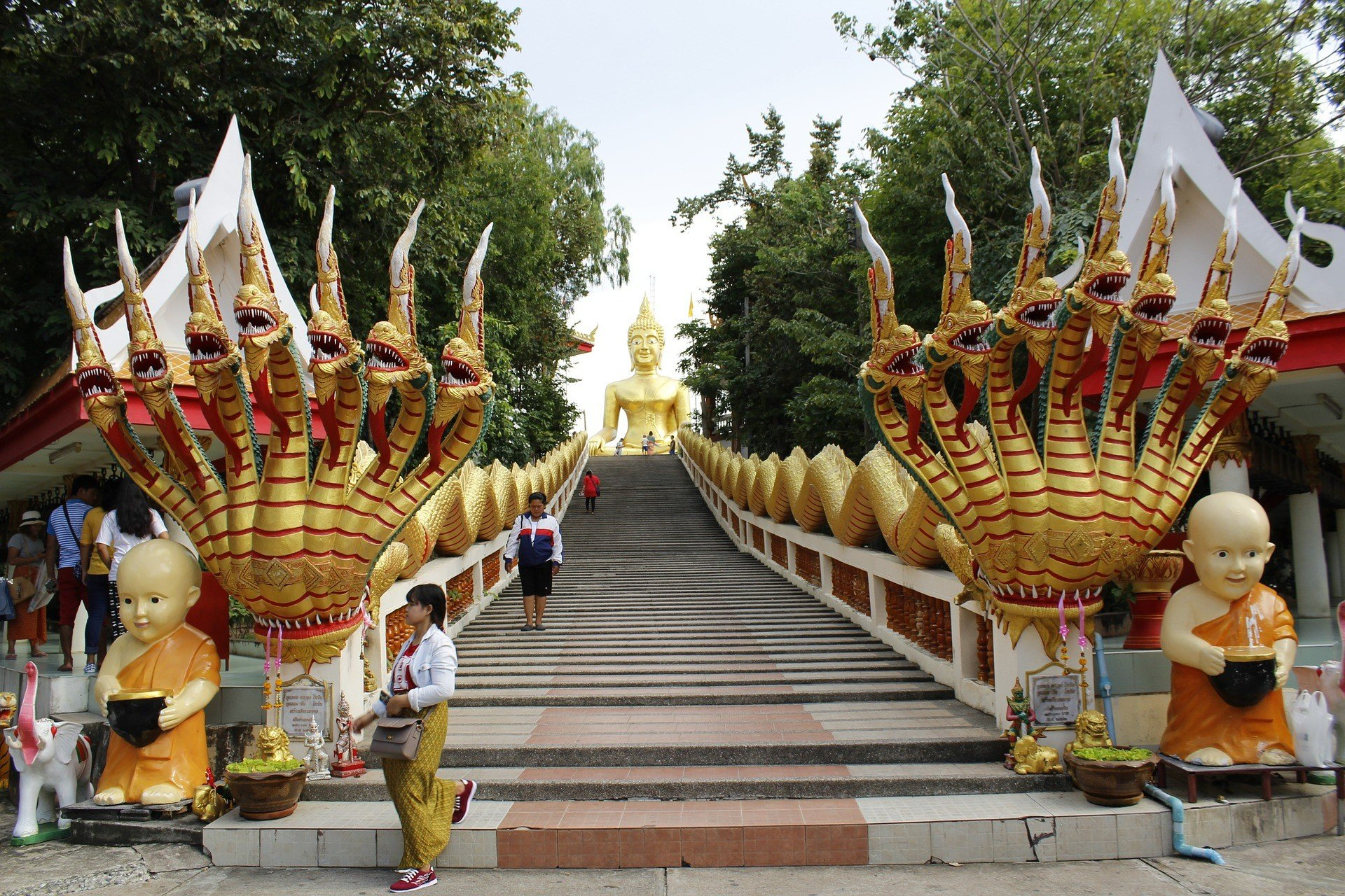 Wat Phra Yai in Pattaya