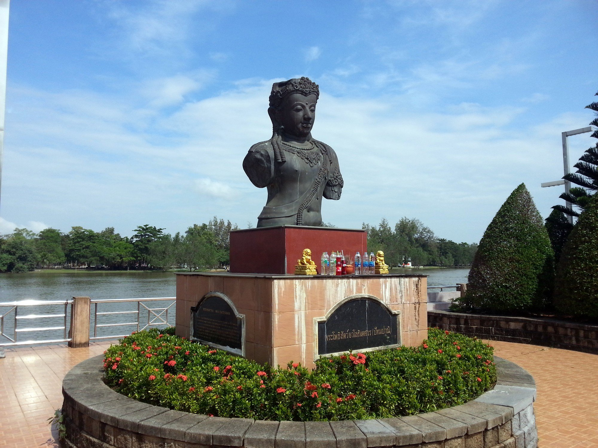 Riverside statue in Surat Thani city