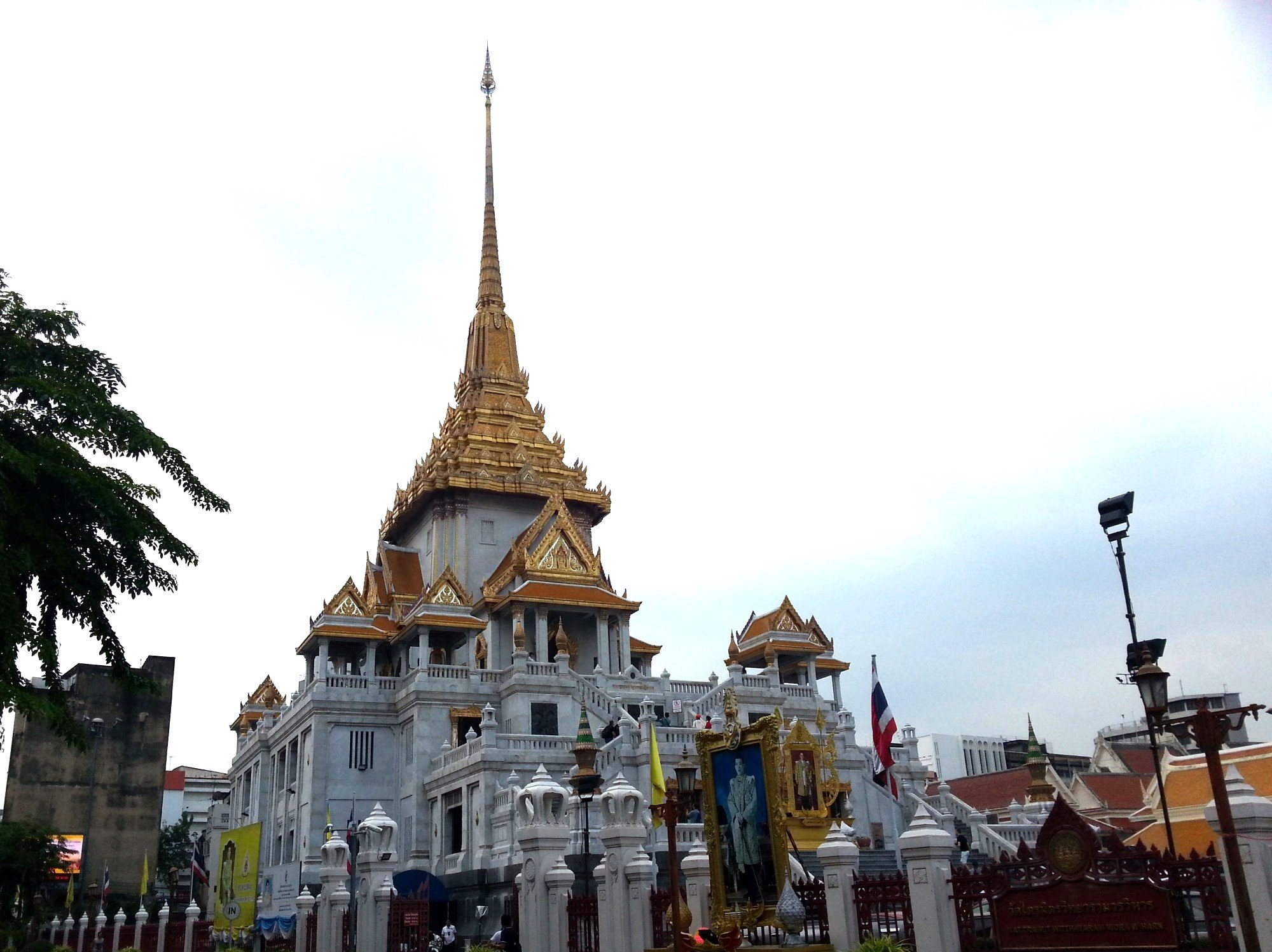 Wat Traimit in Bangkok